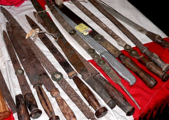 Cuchillos bondo society